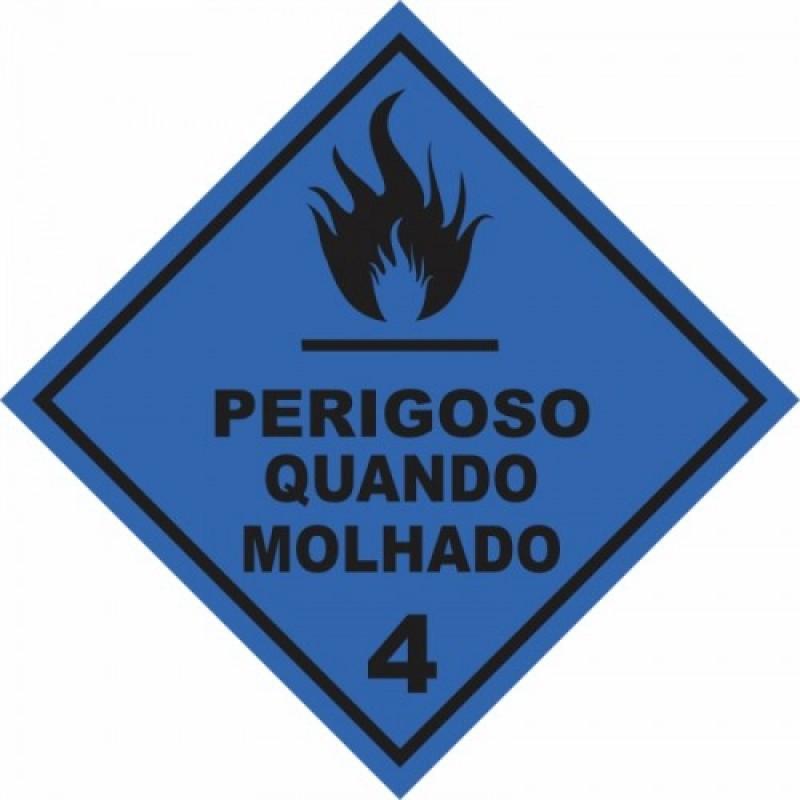 Rótulo de Risco PVC Perigo Quando Molhado